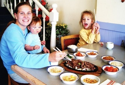 top 5 reasons to make time for family dinner