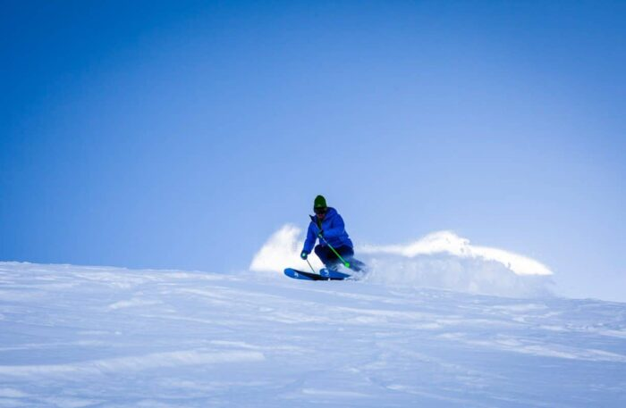 5 Tips to Avoid Spinal Cord Injury on the Slopes