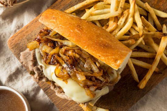 The Best Instant Pot French Dip Sandwiches are waiting. Tender, juicy meat topped with ooey-gooey cheese and nestled inside a toasted grinder. Dip in the homemade au jous for an incredible drool-worthy meal