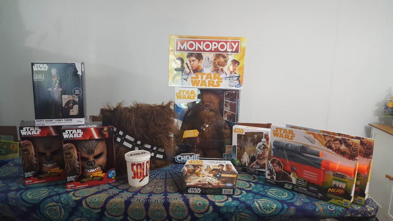 Hasbro Solo A Star Wars Movie Family Game Night Kit Solo: A Star Wars Story Movie and Hasbro Game Night