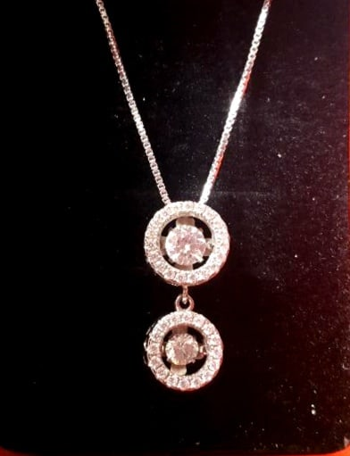 mamas jewelry dancing diamonds necklace