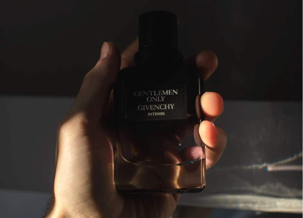 How to Make Sure You Get a Long Lasting Perfume for Your Man