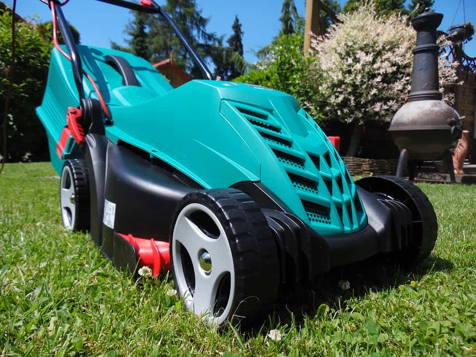 Tips for Selecting a Battery Powered Lawn Mower