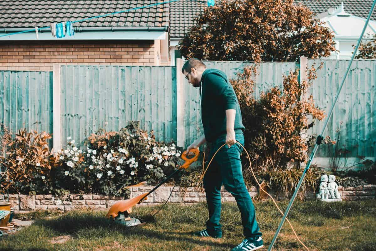 Exterior Maintenance Tasks That Every Homeowner Shouldn't Forget