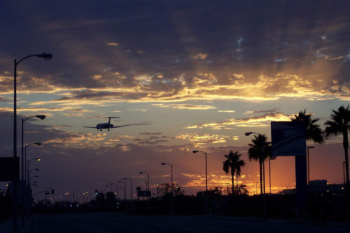 8 Family Friendly Tips for LAX Travelers