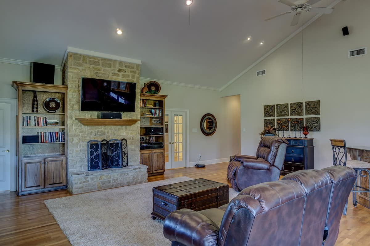 Tips for Buying Home Products-Sofa and Rugs Included