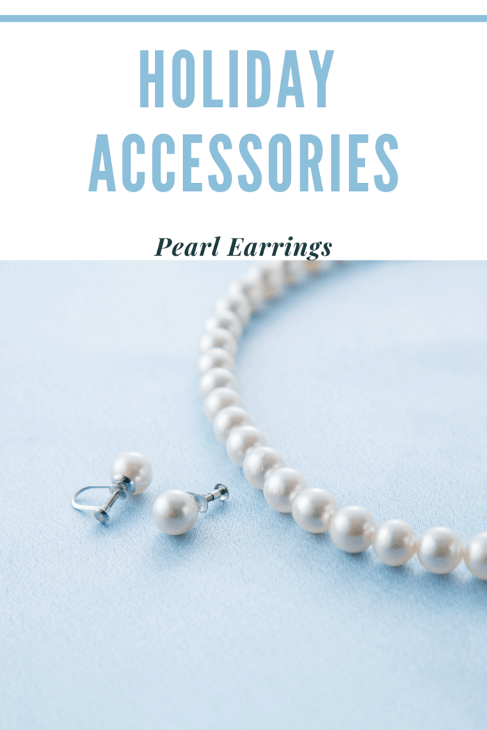 An accessory that never runs out of style and elegance has to be pearl earrings.