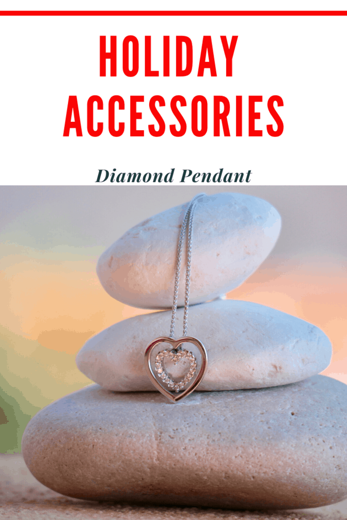 Whenever possible every woman should invest in a diamond pendant.