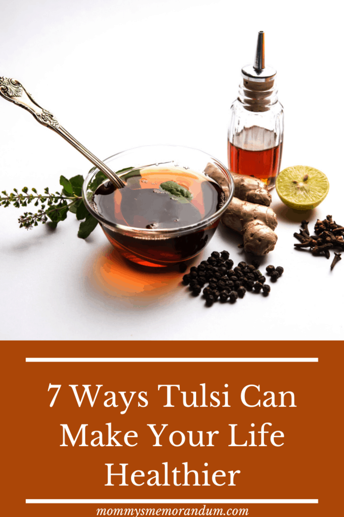 Tulsi has proven itself to be helpful in treating both, acute, as well as chronic bronchitis.