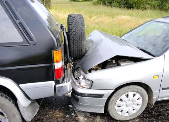 7 Actions to Take in Case You Get into an Auto Accident While on a Family Road Trip