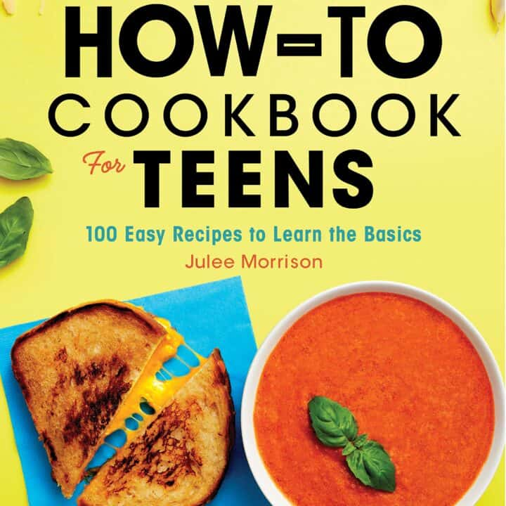100 recipes to become a self-made cooking superstar Fire up your curiosity to try new foods and impress your family and friends. The How-To Cookbook for Teens will help you learn the basics of cooking and baking, while having fun creating incredible meals (and memories) from scratch. The recipes in this cookbook for teens begin with the fundamentals, then take your skills to the next level. Start with perfect scrambled eggs, and then work your way up to fancy egg dishes like omelets and Cheesy Breakfast Bacon Muffins. There's nothing like eating and sharing food you made yourself. The How-To Cookbook for Teens features: All the skills you need―Learn how to set up your workspace, accurately measure ingredients, use proper knife skills, and more. Pro tips―Find tricks to help avoid common cooking mistakes, and hacks for customizing recipes to make them just how you like them. Something for every taste―Try out recipes that are extra fast, nut-free, gluten-free, dairy-free, vegetarian, and vegan. Prepare to have a kitchen of your very own with The How-To Cookbook for Teens.