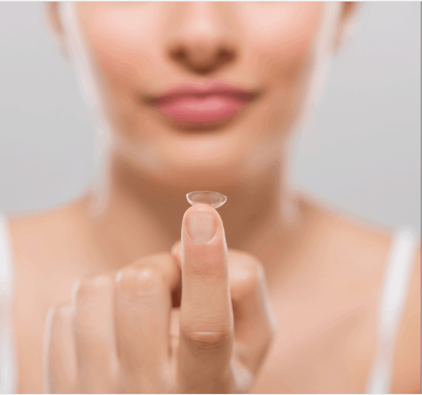 contact lense on finger tip