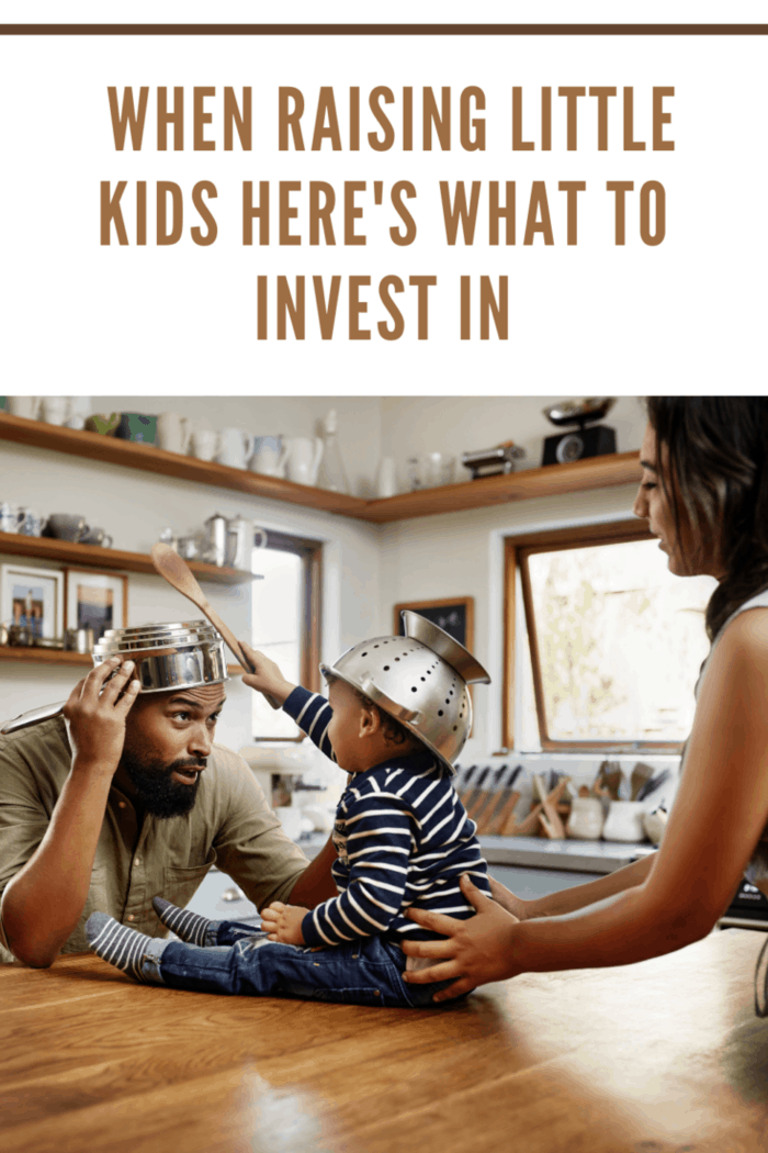 Shot of an adorable young family having fun with pots and pans in the kitchenShot of an adorable young family having fun with pots and pans in the kitchenShot of an adorable young family having fun with pots and pans in the kitchen