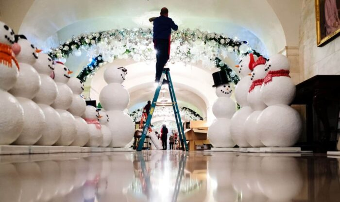 White Christmas Theme