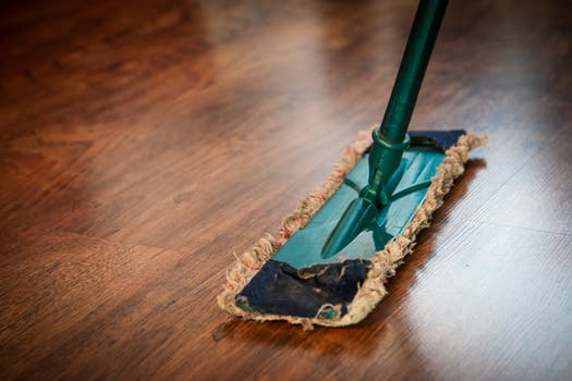cleaning-washing-cleanup-wood floors