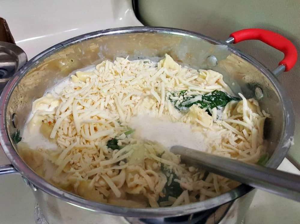 Easiest, Cheesiest Tortellini Bake #Recipe