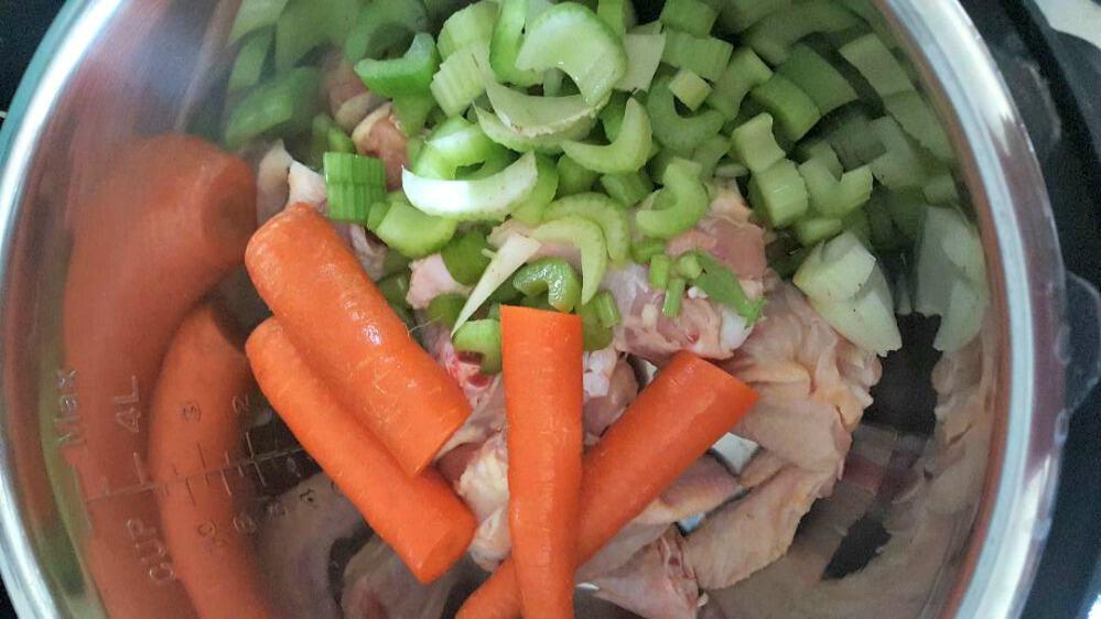 instant pot chicken broth add carrots