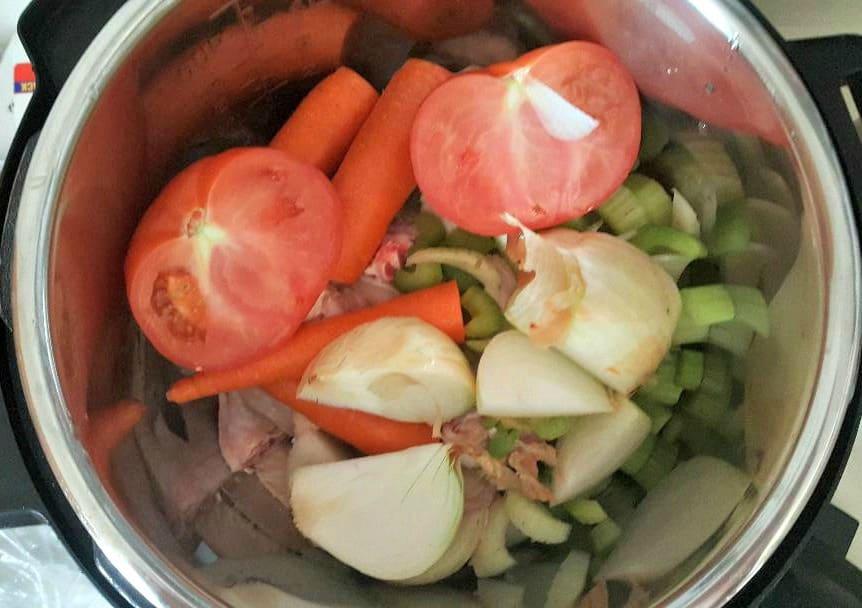 instant pot chicken broth add tomato