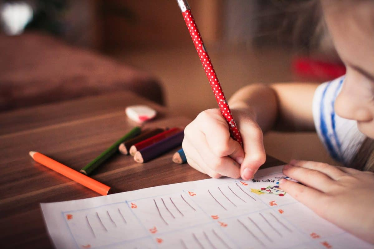8 Reasons to Choose Homeschooling for Your Child