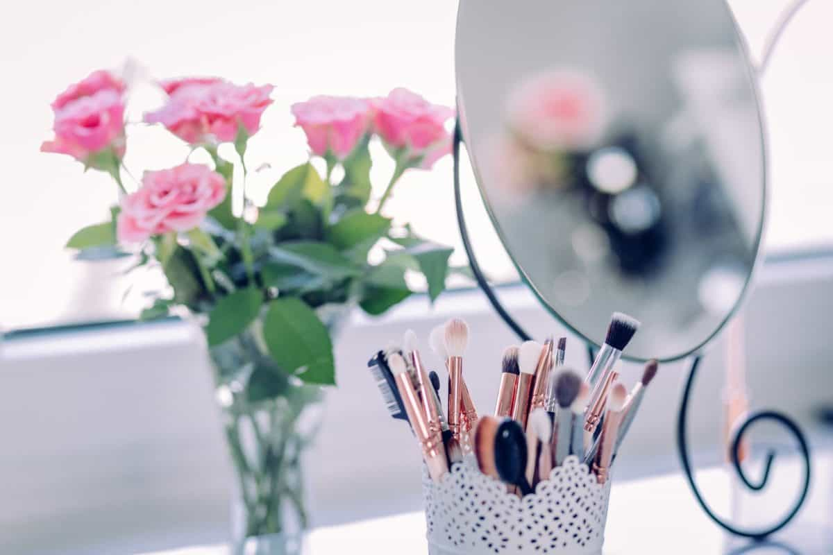 5 Quick and Clever Beauty Tips for Busy Moms