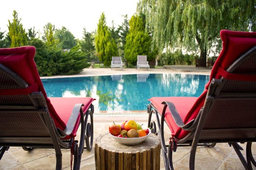 Pros And Cons Of Installing A Pool In Your Backyard