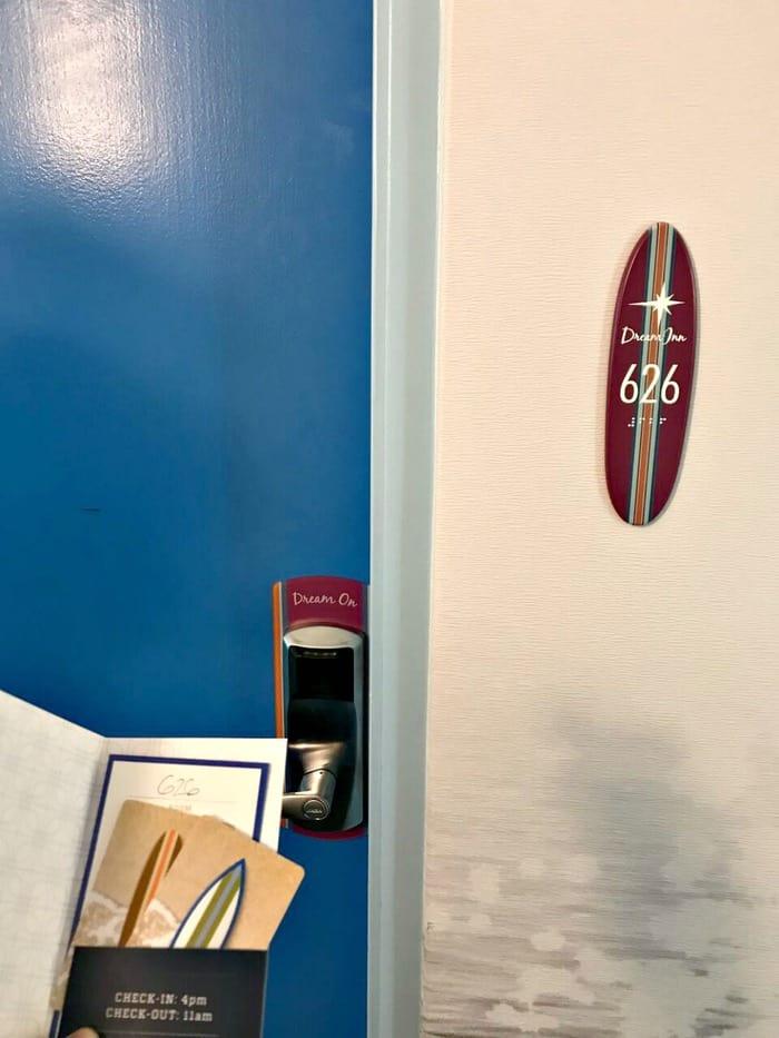 santa cruz dream inn room with room key