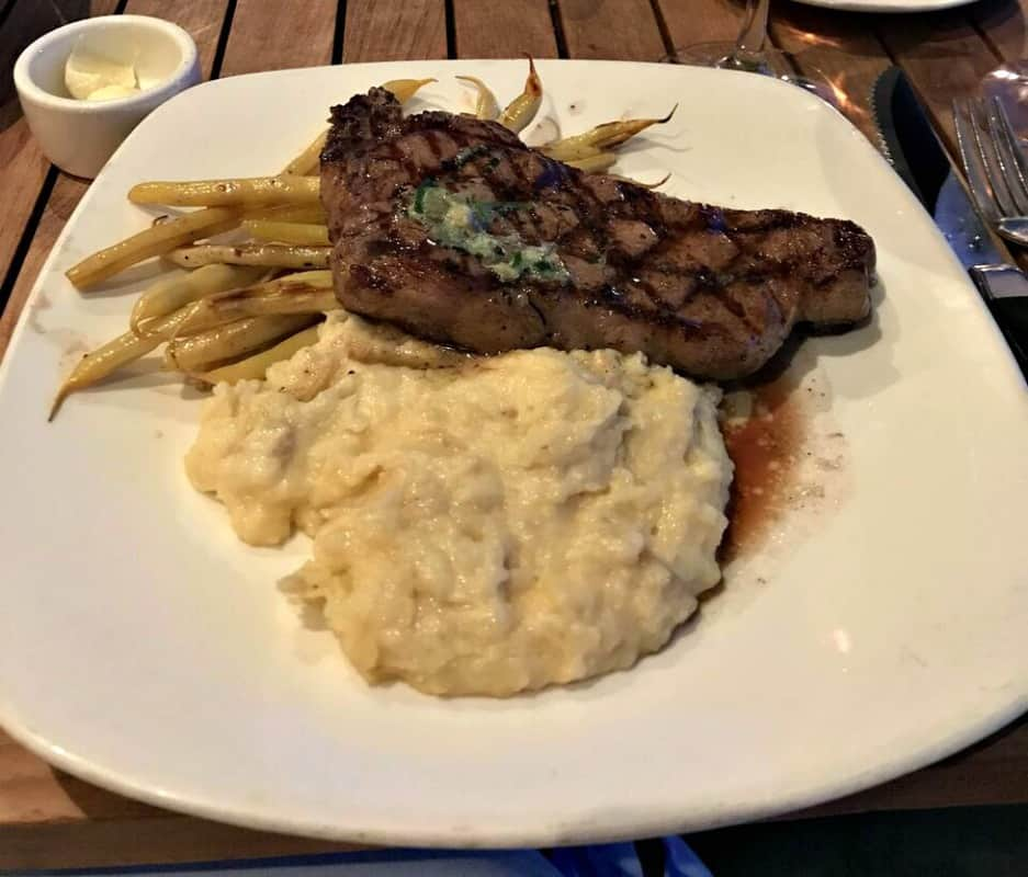santa cruz dream inn steak with mashed potatoes